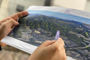 写真:周辺環境から読み取る