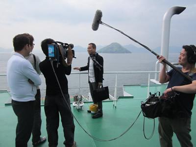 写真:テレビ朝日系列:大改造‼劇的ビフォーアフター 匠出演「江田島 命がけで風呂を沸かす家」放映