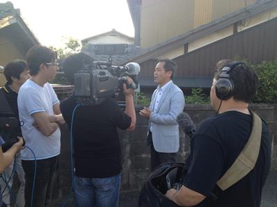 写真:テレビ朝日系列:大改造‼劇的ビフォーアフター 匠出演「岡山 体当たりして勝手口を開ける家」