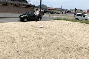 写真:敷地調査・法的制限の確認