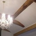 元々の梁を見せながらデザインした天井