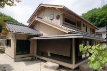 広島県廿日市市 天然シラス壁の家