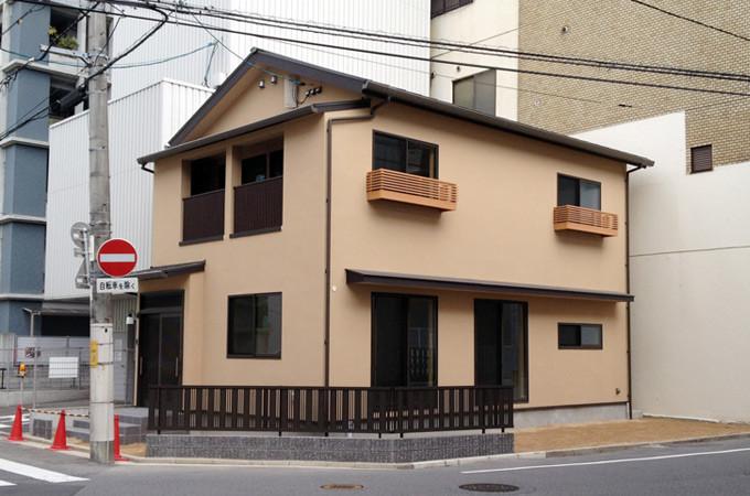 広島市中区 街中に佇む自然素材の和風住宅