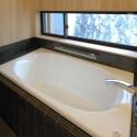 桧張りの浴室